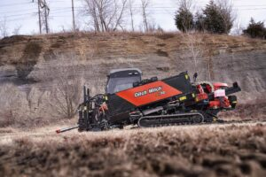 DSC3536 300x200 - NUEVA DITCH WITCH AT32