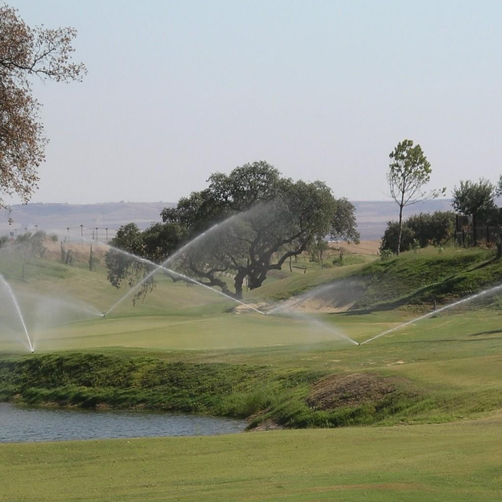instalación riego automático campos golf