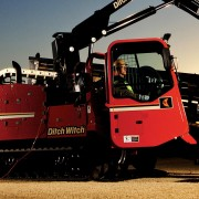 ditch-witch_JT100-all-terrain-directional-drill_master_01