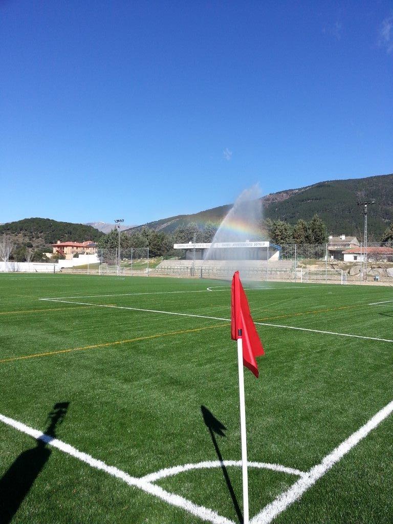 proyectos riegos campos de hockey sobre hierba